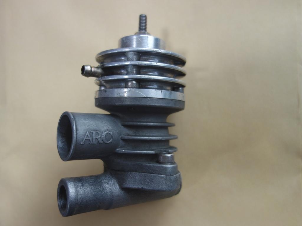 インプレッサGC8 ARC製ブローオフバルブ