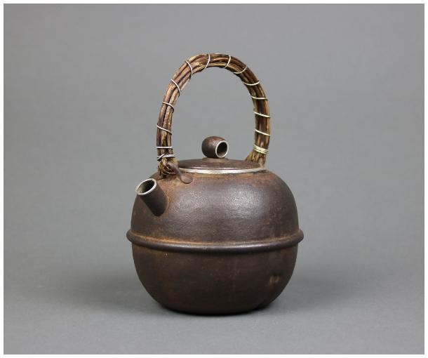 【KEI】鉄尚造 鉄打出 鉄被 純銀 鈴形湯沸 銀瓶 共箱 在銘