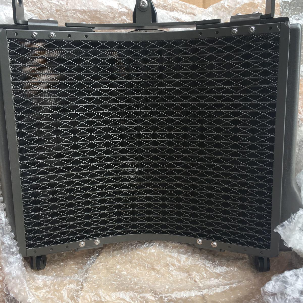 湾曲ラジエター 電動ファン付きcb1000.1300.ZRX1200Rなど